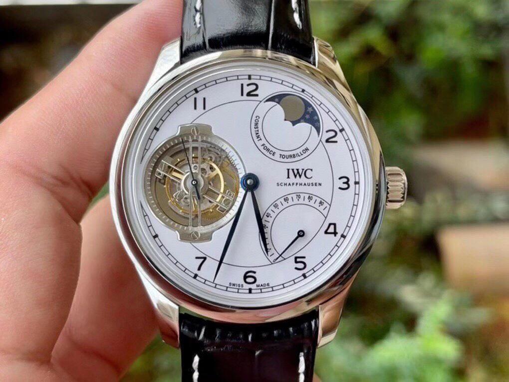 高仿万国月相陀飞轮手表