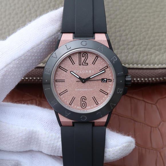GF宝格丽Diagono系列102306 DG41C14SMCVD男士机械粉色腕表
