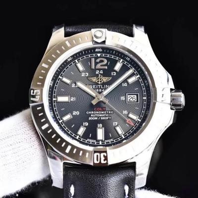 GF新款百年灵挑战者自动机械腕表(Colt Automatic)一款专为军方设计制造的腕表