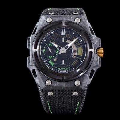 一只表 同时拥有钛合金、锻造碳、陶瓷壳的高难度材料!整个表界除了XF林德维纳-德国军表